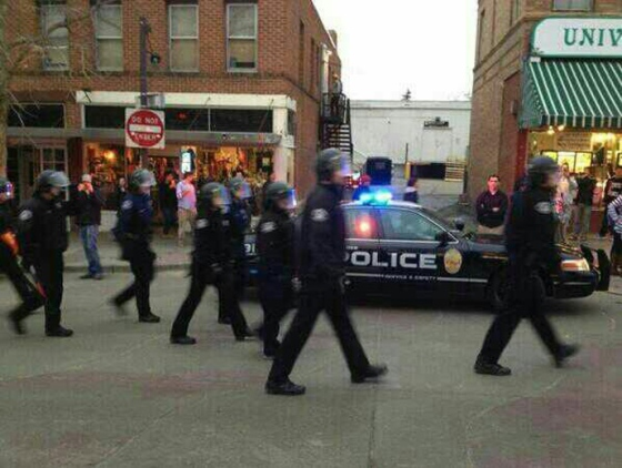 Photo of police heading towards riot in Brooklyn (via @NYCityAlerts)